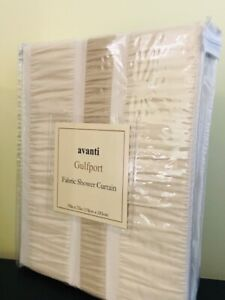 New Avanti Fabric Shower Curtain / Rideau de douche Avanti- neuf