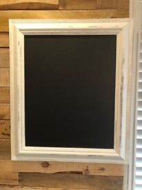 LARGE CHALKBOARD/BLACKBOARD - PERFECT FOR WEDDINGS/PARTIES/KITCHEN/CHILDREN PLAYROOM/HOME OFFICE
