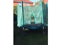 8 ft trampoline and enclosure