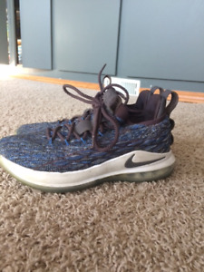 newest 35af6 69506 Lebron 15 Low | Kijiji - Buy, Sell & Save with Canada's #1 ...