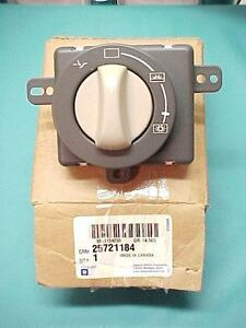 2003 Cadillac 03 CTS Sunroof Switch GM # 25721184 - Brand New !