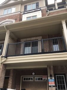 Available NOW Town House in North Oshawa - Rent  for $2000/month