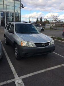 Mazda Tribute 2003 (pour pièces ou besoin de réparations)