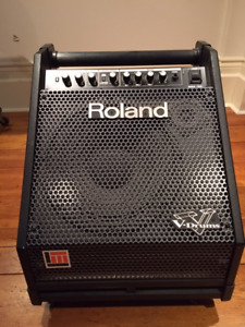 Roland PM 30 keyboard and V-Drum amp
