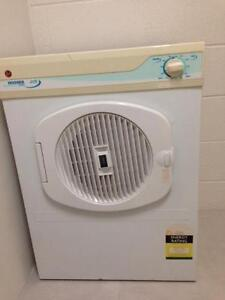 Hoover 3.5kg Dryer -(with Free Phillips Azure iron) pickup Botany Botany Botany Bay Area Preview