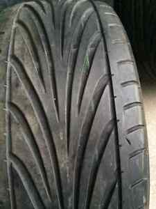 TWO Toyo Proxes 225/40 ZR19