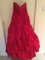 Robe de bal - grandeur 8/ Ball Gown - size 8