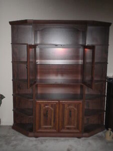 REDUCED Beautiful Display Cabinet with 2 Corner Shelving Units