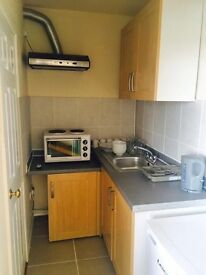 Modern Refurbished Studio flat with Separate Kitchen ,located in Hanwell,/Bills Included