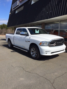 2016 Ram 1500 Longhorn Limited Eco Diesel! Financing Available!!