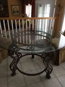 DISCOUNTED Glass Dining Table For Sale - Excellent Condition