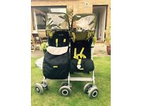 MacLaren Double Buggy - Twin Techno with raincover, footmuffs and head rests