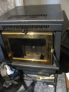 Pellet Wood Stove, good working condition, blower fan replaced