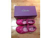 Clarks Girls' patent Leather Light-up Shoes - Size 12.5