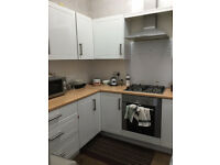 Large Double Room Victoria Park £380pcm All bills included available now