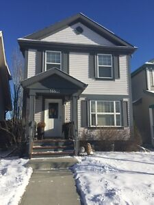 ***Beautiful 3 BDRM House for Rent***