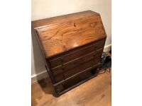 Wooden locking chest of drawers
