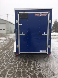 5x8 V nose enclosed cargo trailer