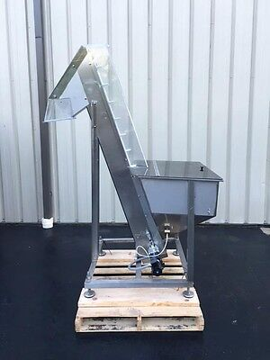 Cap-l Cleated Belt Hopper-elevator Stainless Steel For Caps Parts