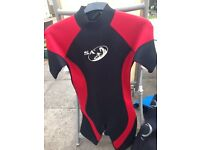 SA shortie wetsuit age 14/16 years