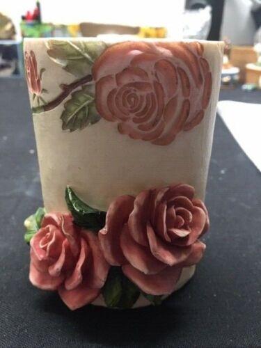 Pencil Holder Roses Design (A. Richesco Corporation Resin)