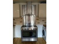 Range Cooker with Stainless Extractor and Splashback