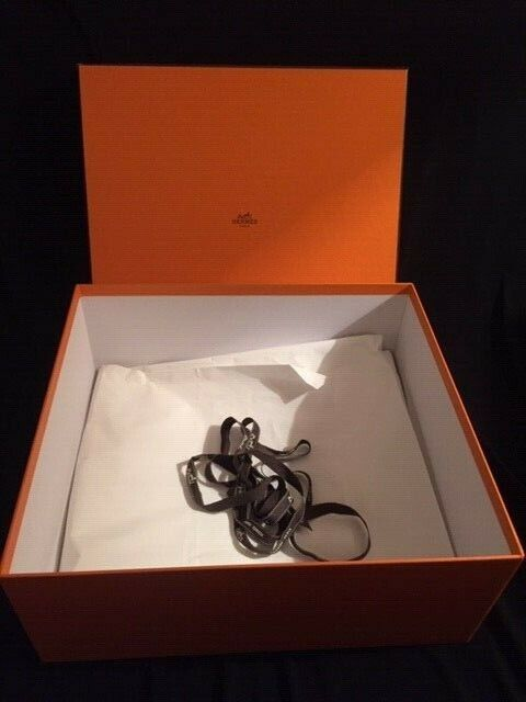 Hermes grande boîte 30/38/22cm pour sac birkin / kelly  + ruban  excellent état