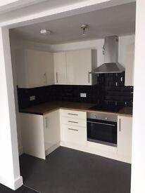 2 bedroom flat in central Sittingbourne £780 PCM