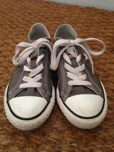 Souliers converse taille 12