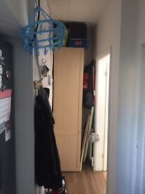 ONE BEDROOM FLAT TO LET IN FELTHAM