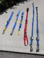 Ratching strap and 4 locking straps
