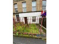 2 bedroom flat in Rose Street, Glasgow, G3 (2 bed) (#757843)