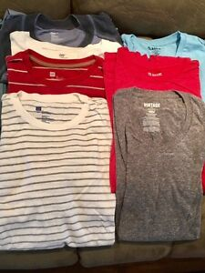 GAP, Old Navy, American Eagle shirts (L and XL) West Island Greater Montréal image 2