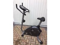 Horizon BSC 407 Exercise bike. Gym build quality, barely used