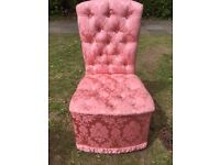 Pink bedroom chair (Excellent condition)
