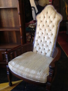 Vintage Tufted Side Chair