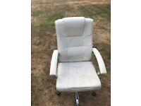 White office chair good condition