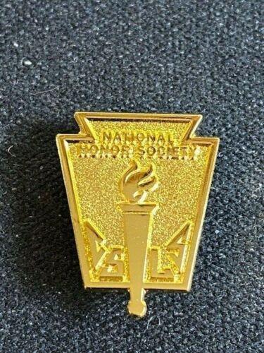 National Honor Society Gold Membership Pin NHS