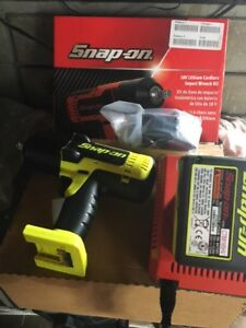 Snap-On 1/2 Drive Cordless 18V Monster Lithium Impact Wrench Kit