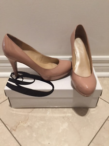 Marc Fisher Blush Pink Nude Patent Pumps Heels Size 5