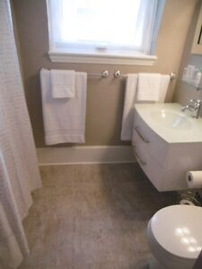 ***ALL INCLUSIVE ROOMS FOR RENT ON WATER STREET*** Peterborough Peterborough Area image 9