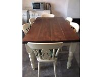 Pine Shabby Chic Table - Excellent Condition.
