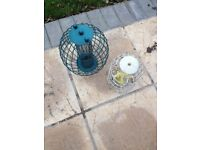 2x metal bird feeders