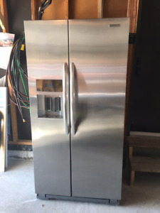 KitchenAid SIDE BY SIDE STAINLESS FRIDGE