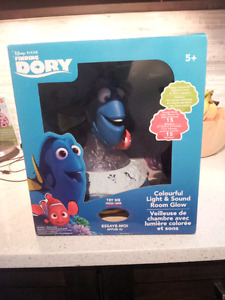 BRAND NEW Finding Dory Light and Sound Room Glow