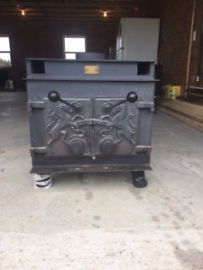 2 stoves for sale.