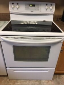Kenmore Elite Smooth Top Glass Stove
