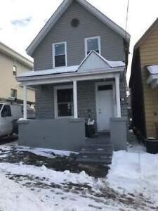 2-78 Poplar Street - 1 bedroom Multi-Unit House for Rent