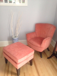 New plush matching easy chair & ottoman