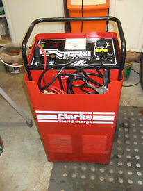 CLARKE 250 BATTERY CHARGER AND STARTER
